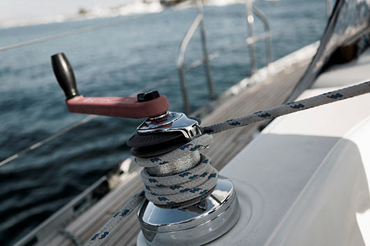 sailing_winch_desat_small
